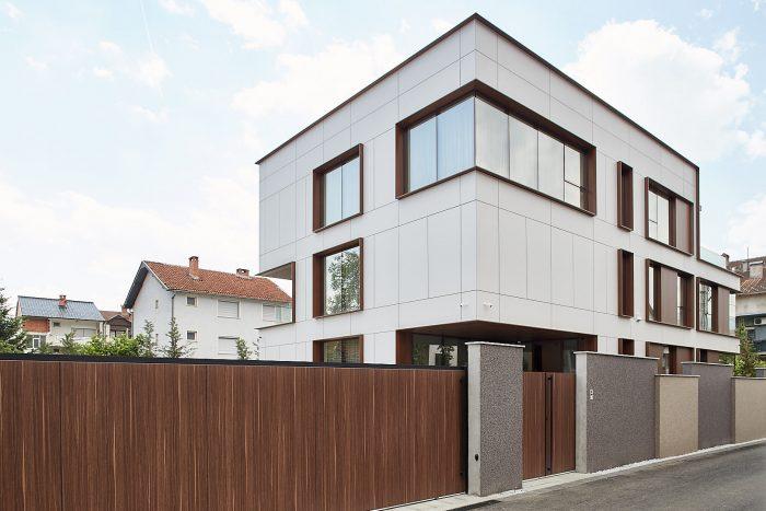 BMА House SDR