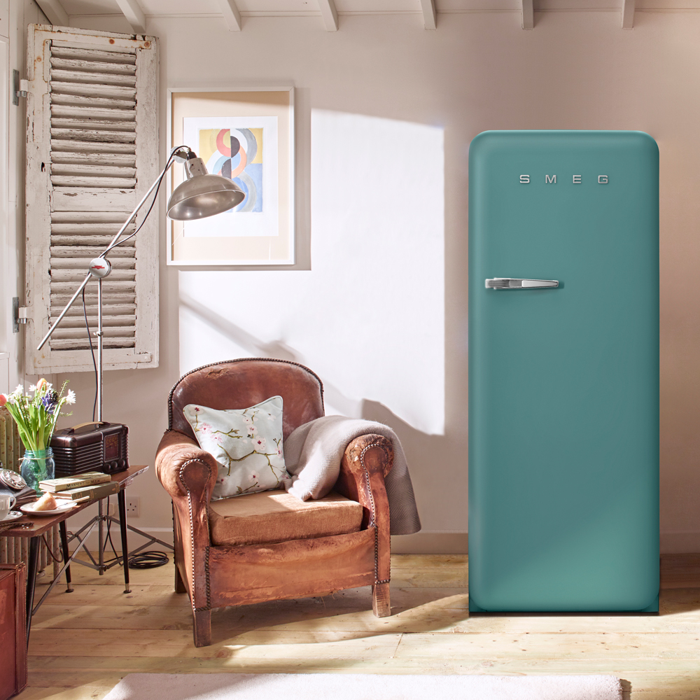 SMEG NEW COLOR SHADES