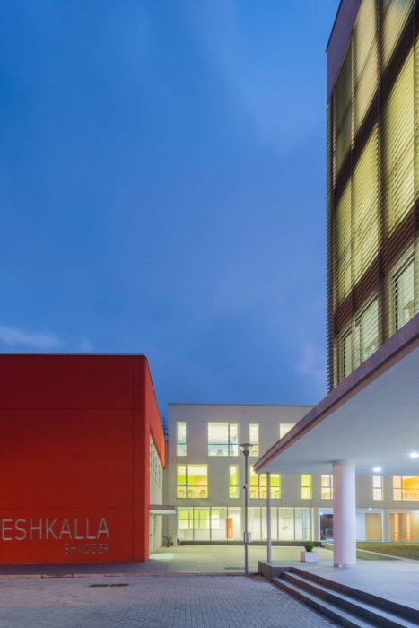 """Shkolla e Mesme e Përgjithshme """"Atë Pjetër Meshkalla"""" - Francesco Scardaccione Architect"""