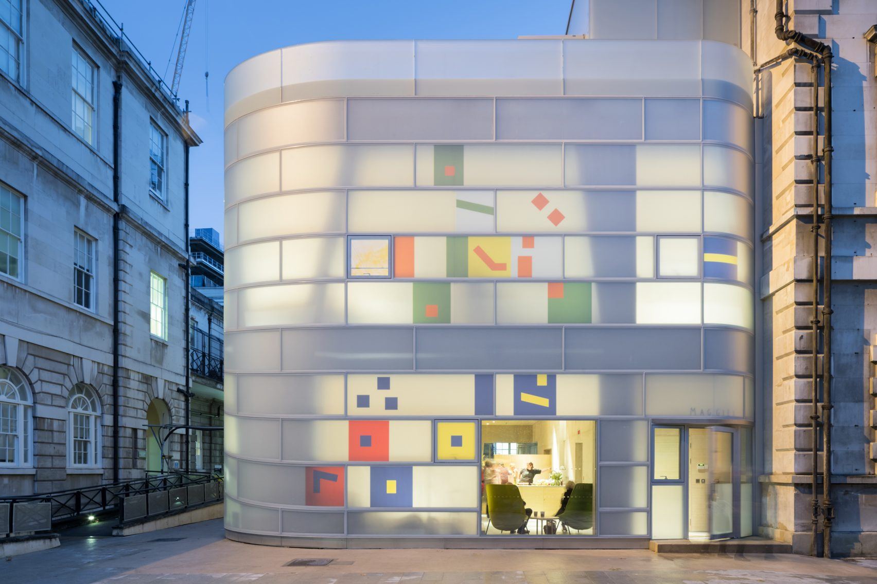 HIGHLIGHT: STEVEN HOLL
