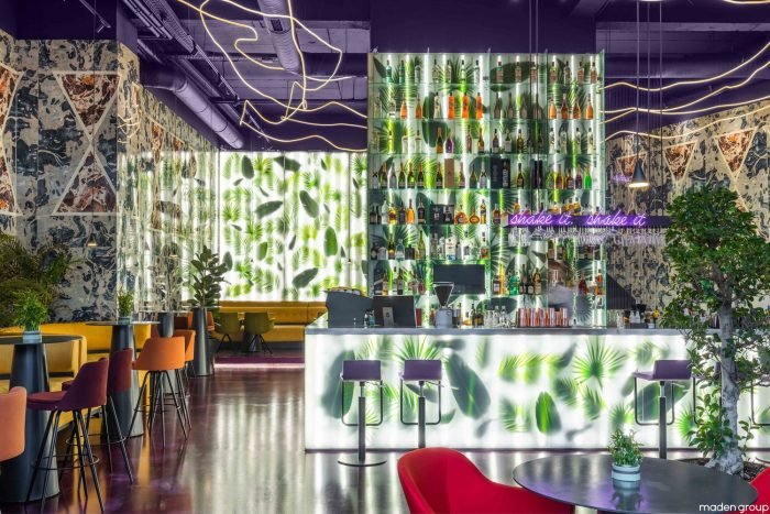 Trianglo Lounge Bar / Maden Group
