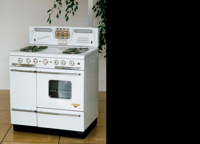 Smeg's very first 'Elisabeth' cooker produced in 1948