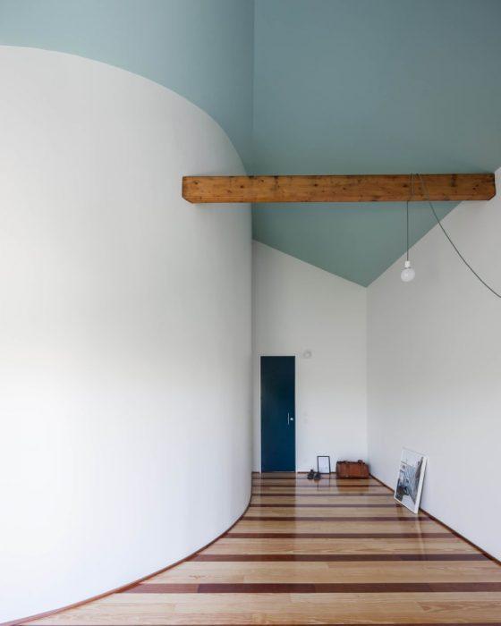 fala-atelier-ricardo-loureiro-house-in-fontainhas