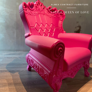 Little Queen of Love armchair by Almex